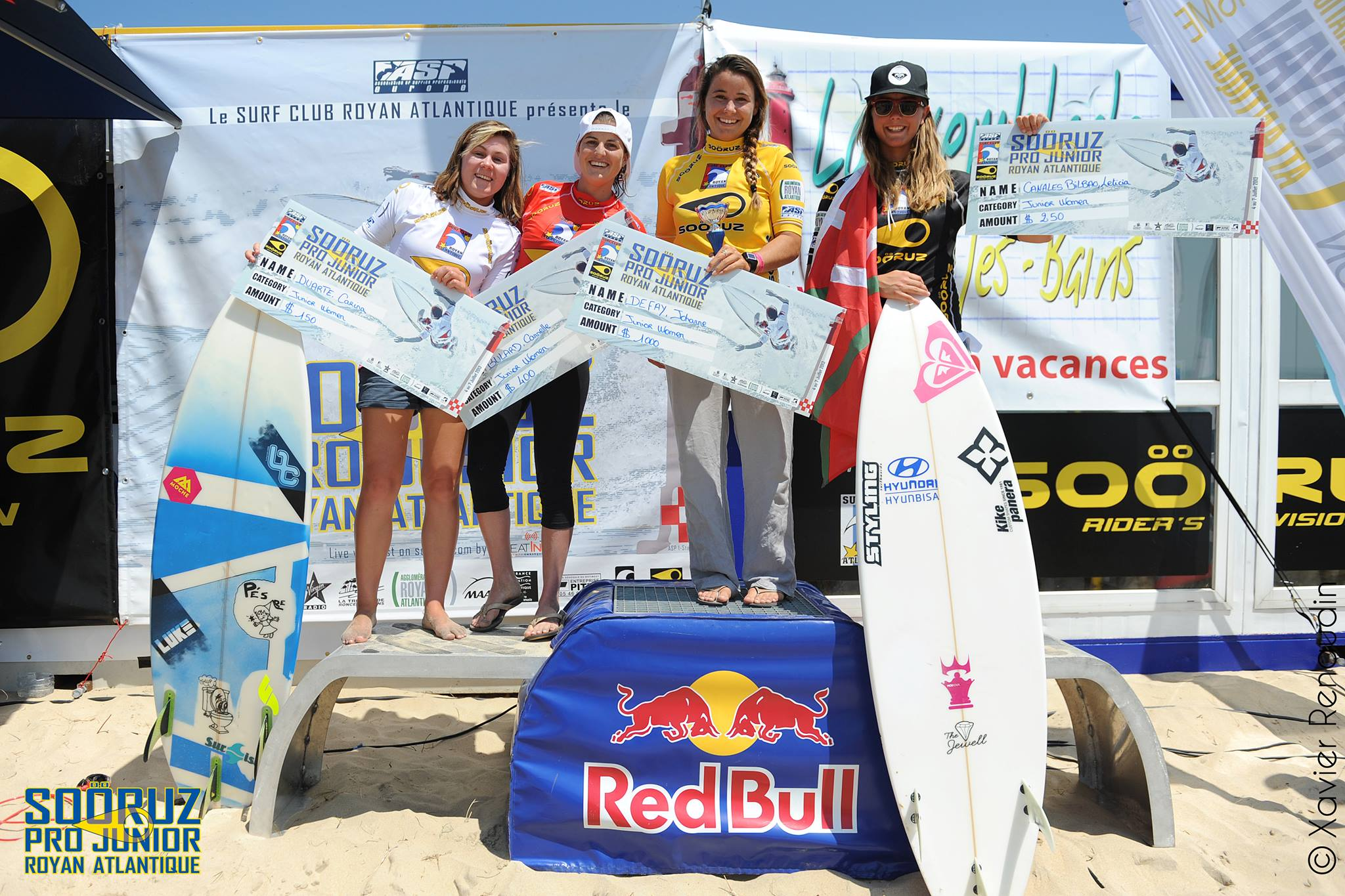 podium-girls-spj13